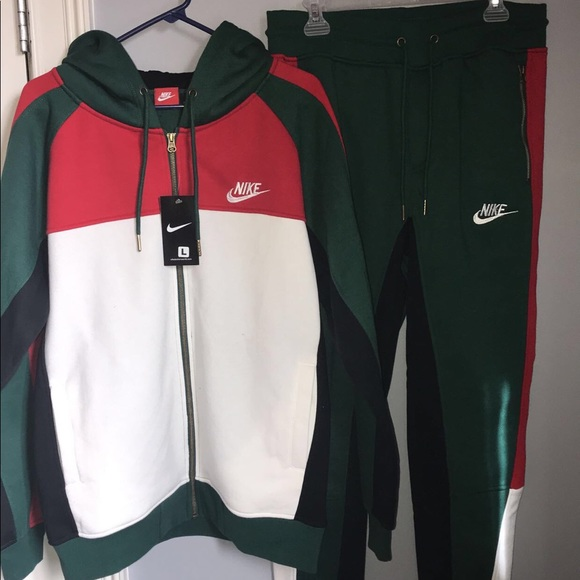 new arrivals 325be be43a Tech Suit. NWT. Nike